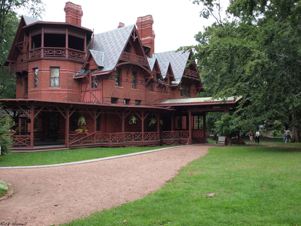 Mark twain house in hartford connecticut for The hartford house